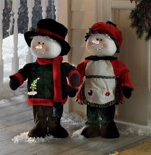 Christmas Indoor Decor Animated Snowman Amp Snowlady Christmas