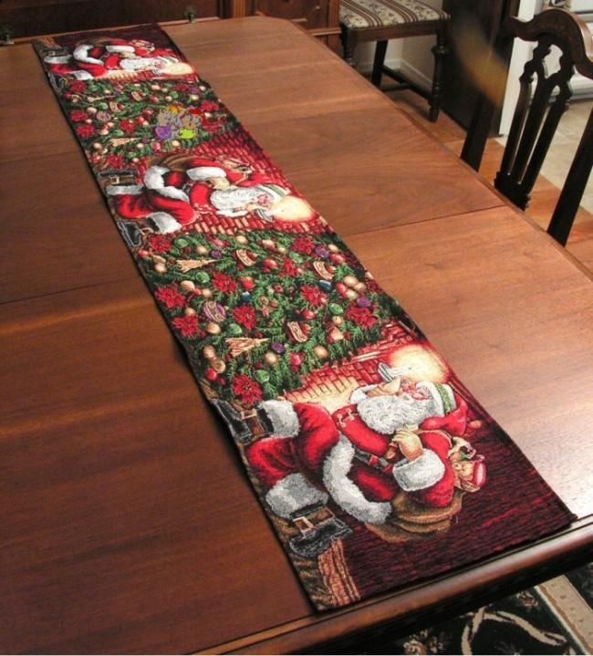 Santa, Christmas, Holiday Table Runner