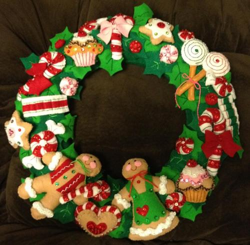 Cookies and Candy Wreath Felt Applique Home Accent Kit