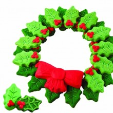 Wilton 2105-0487 Nonstick Holly Wreath Shaped Cookie Pan