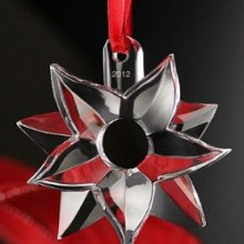 Orrefors 2012 Annual Ornament Poinsettia