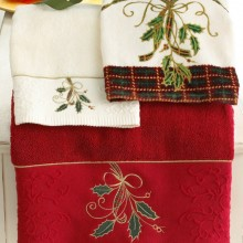Ribbon & Holly Embroidered Tip in Red