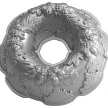 Platinum Autumn Wreath Bundt Pan
