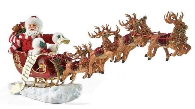 Eight Tiny Reindeer Figure