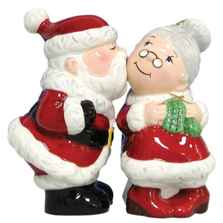 Magnetic Santa and Mrs. Clause Salt and Pepper Shaker Set