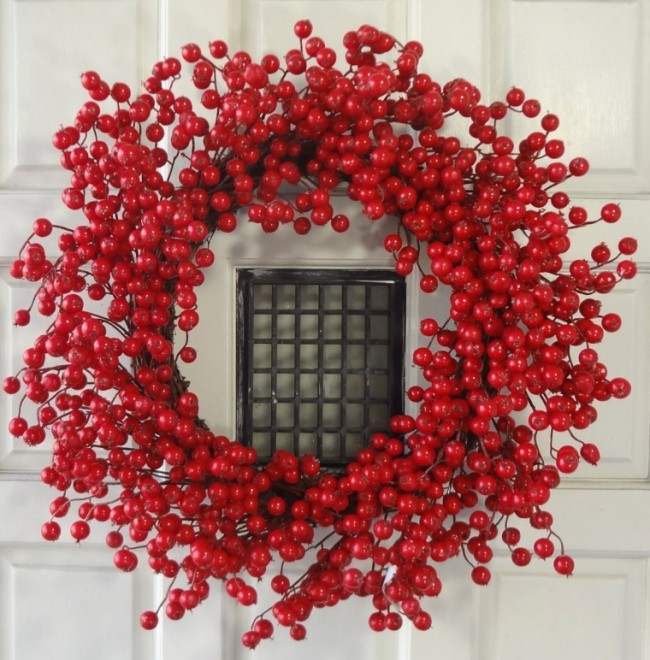 24 Inches Red Berry Wreath