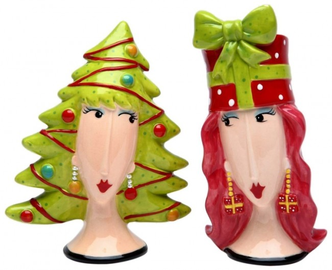Christmas Tree and Gift Salt and Pepper Set