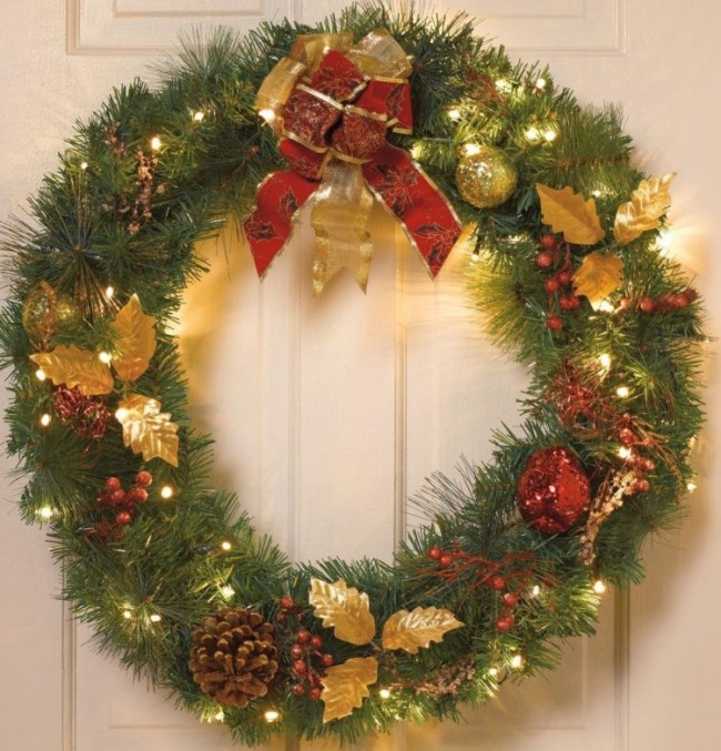 Battery-Operated Cordless Led Christmas Wreath With Timer