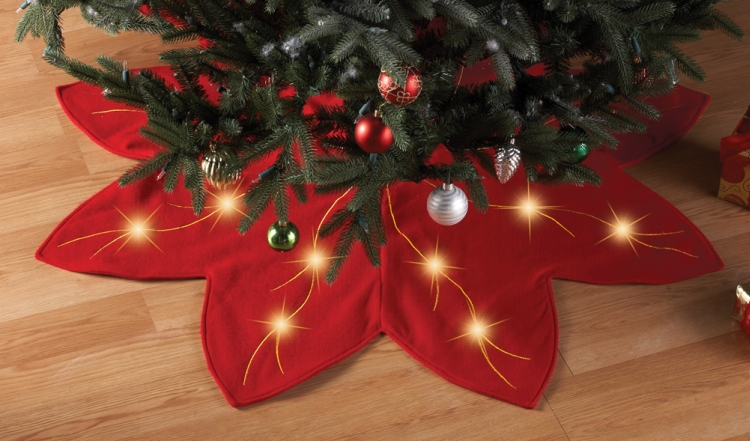 Lighted Holiday Red Poinsettia Tree Skirt Decoration