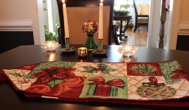 Holiday Tidings Table Runners