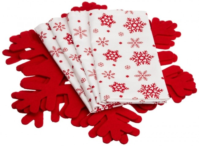 Red Felt Snowflake Chargers and 4 Snowflake Printed Napkins