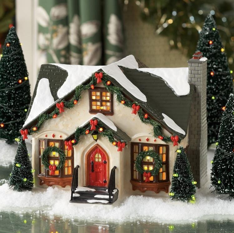 Snow Village Dancing Lights House Christmas