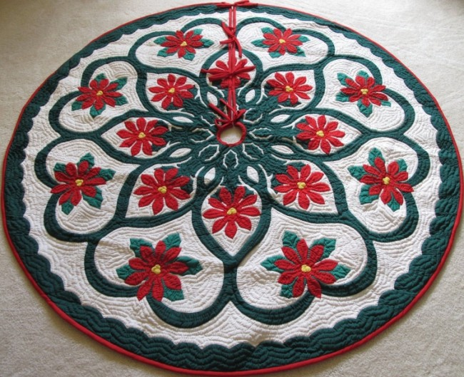 Hand Appliqued Christmas Tree Skirt