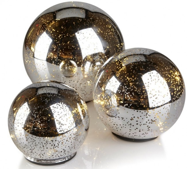 Winter Lane Glass LED Lighted Orbs Table