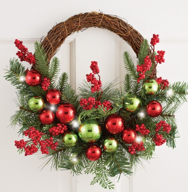 Lighted Ornament Evergreen Twig Wreath