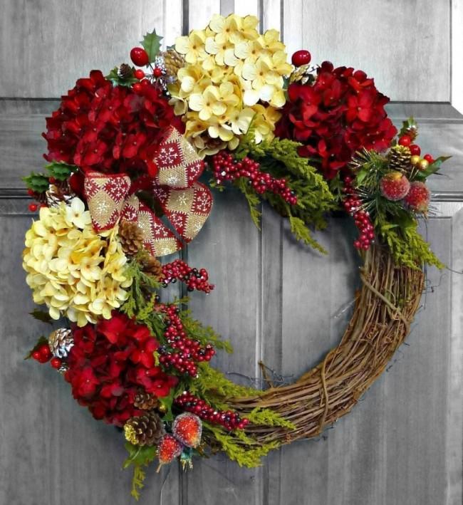 Elegant Christmas Hydrangea Wreath