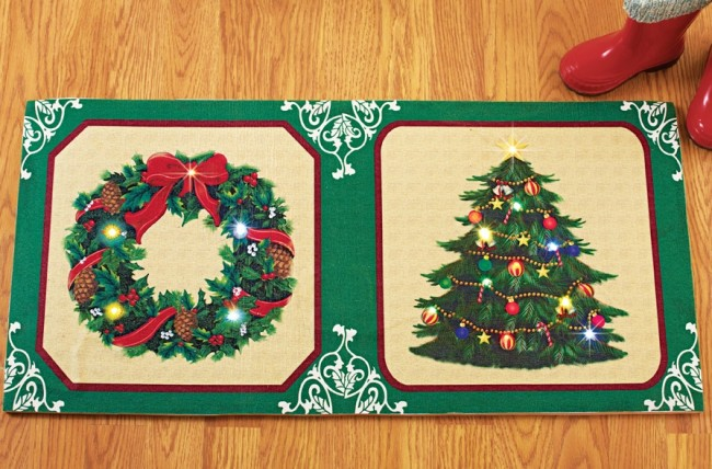 Lighted Holiday Wreath Christmas Tree Rug