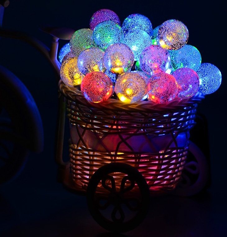 Outdoor Bistro Solar Powered Globe String Lights: 50 LED Solar Powered Globe String Lights