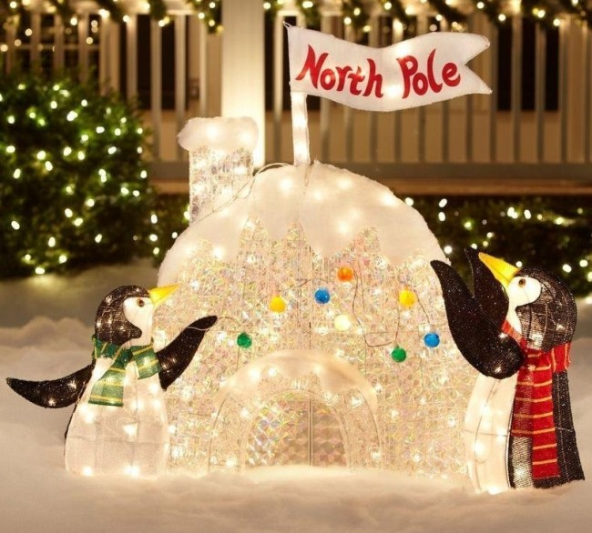 Lighted Penguin Outdoor Christmas Decoration