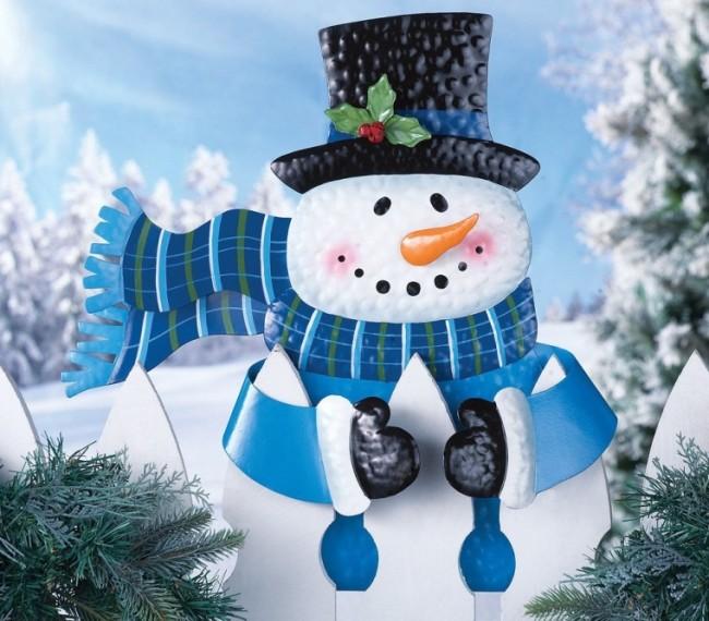 Snowman Fence Hugger Christmas Decoration