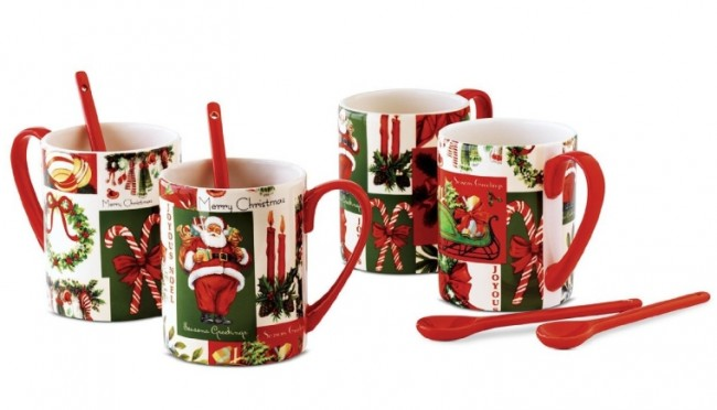 Vintage Holiday Set of 4 Mugs with Spoons