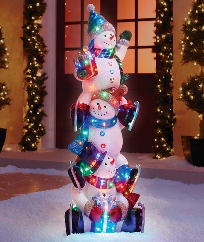 the-5-illuminated-snowman-totem-pole