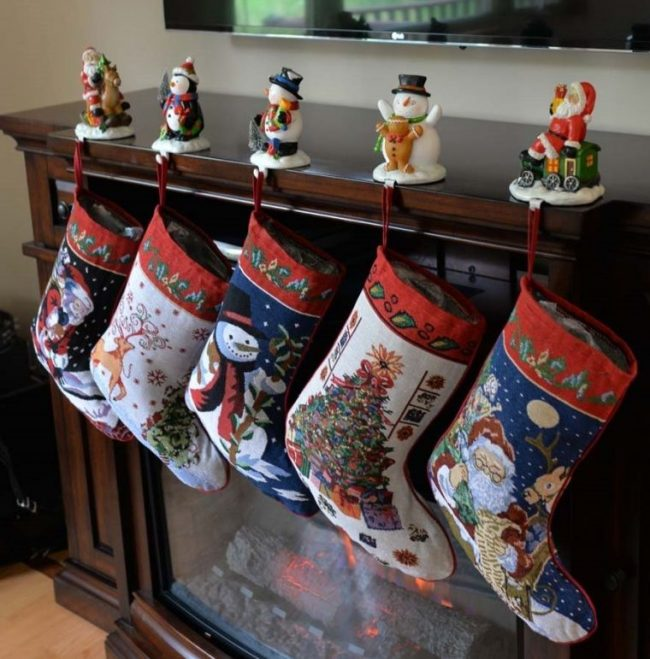 santa-and-snowman-christmas-stockings