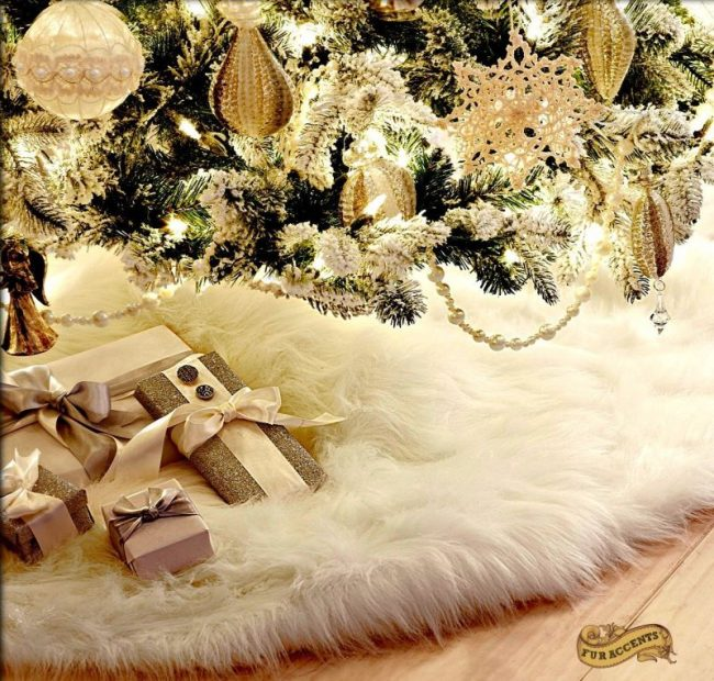 christmas-tree-skirt-plush-shaggy-faux-fur