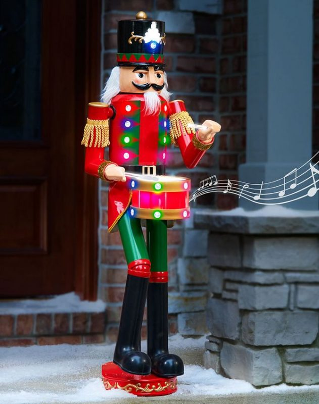 the-4-foot-lighted-musical-animated-nutcracker
