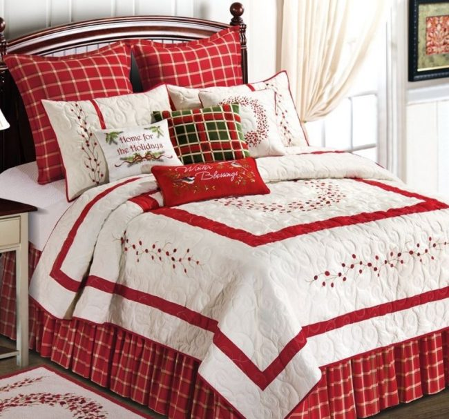 berry-wreath-king-quilt
