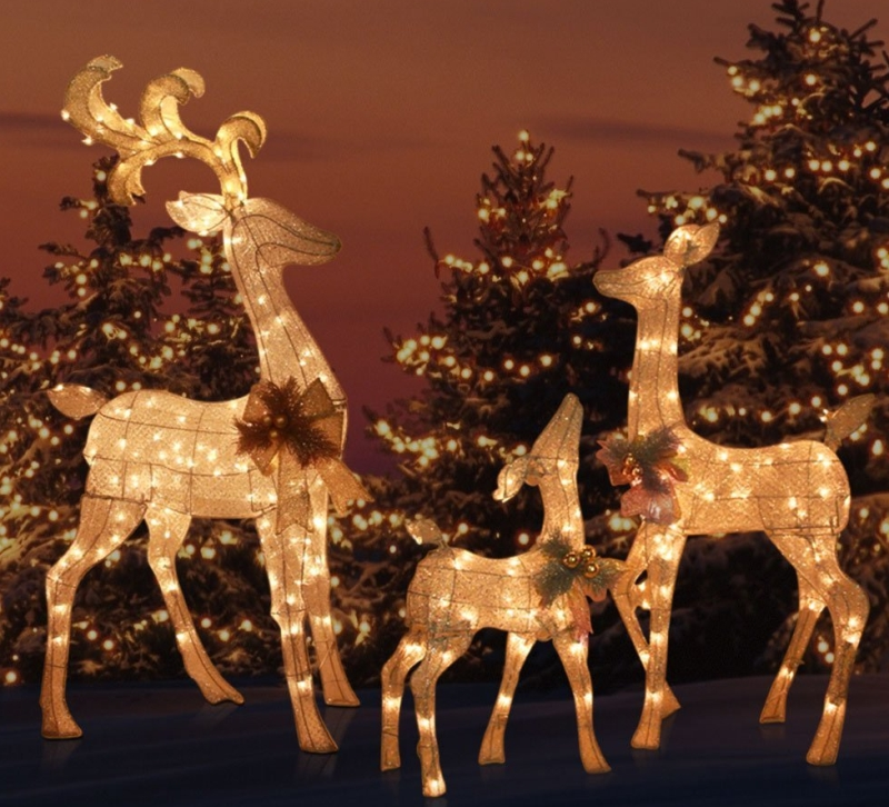 Outdoor Yard Lighted REINDEER FAMILY SET