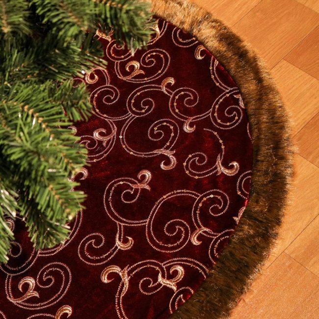 Luxury Collection Burgundy And Gold Christmas Tree Skirt Christmas