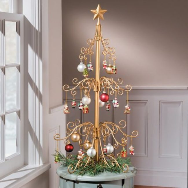 Metal Tabletop Christmas Tree: Metal Ornament Christmas Tree