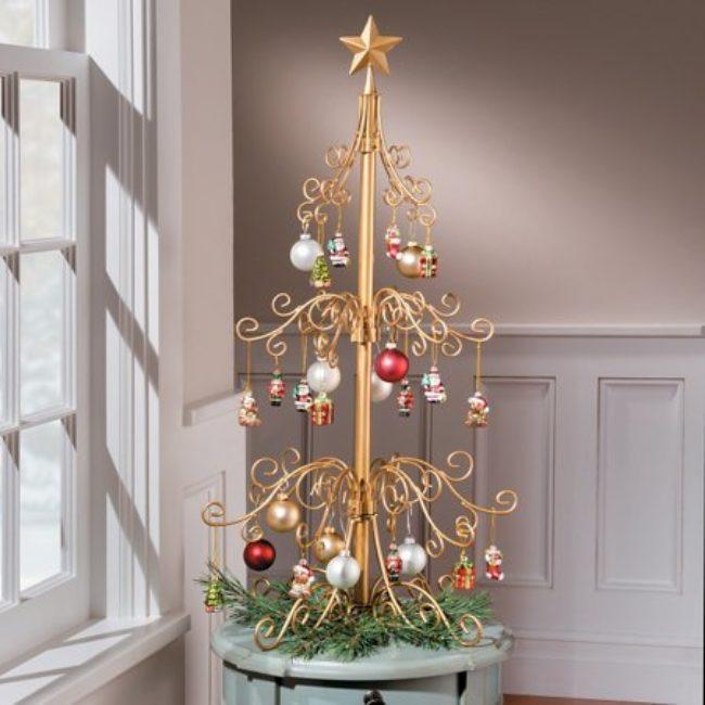 Metal Tabletop Christmas Tree: Metal Ornament Christmas Tree