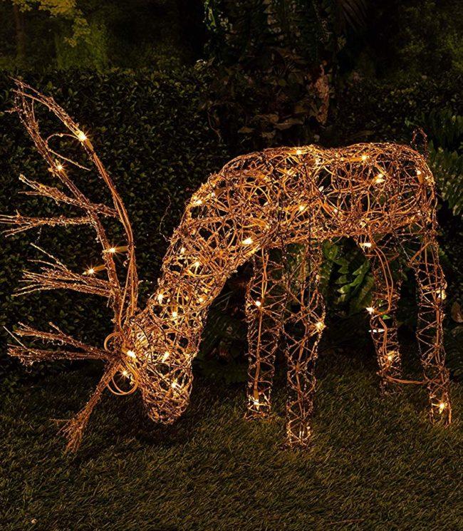 Rattan Reindeer With 50 Halogen Lights Christmas