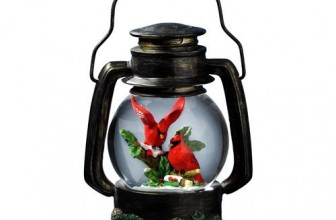 Cardinals Antique Lantern Snow Globe