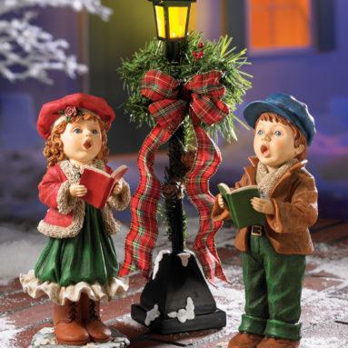 Christmas Carollers Figurine Set