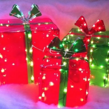 Lighted Gift BOXES Christmas Indoor / Outdoor
