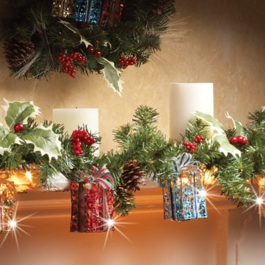 Lighted Christmas Gift Box Garland