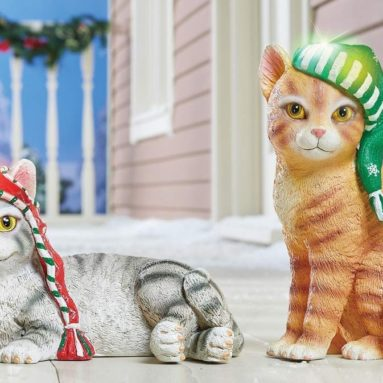 Solar Lighted Winter Cat Statue with Hat Outdoor/Indoor Decoration