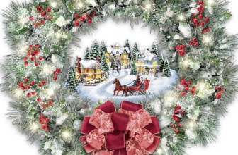 Thomas Kinkade A Holiday Homecoming Musical Christmas Village Wreath Lights Up