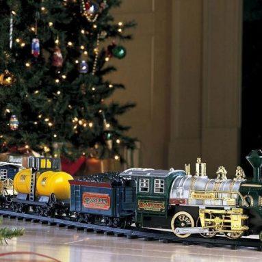 Train Set Wrap around Christmas Tree Holiday & Seasonal Home Décor